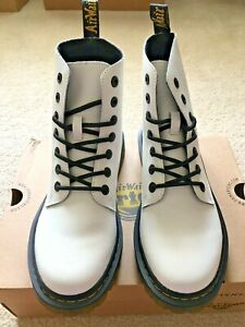 NWB Dr. Martens Luana Combat Boot In White T Lamper Size UK 6 (US Women's 8)