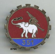 Insigne , 351  Rgt. d'Artillerie Lourde Portée  , (36mm. , attache de sécurité
