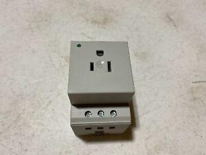 One Phoenix Contact SD-US/SC/LA/GY DIN Rail Mount Outlet 15A 125V AC/DC, NOS