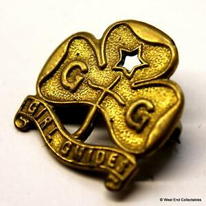 Vintage 1950s Girl Guides Gilt Promise Badge by Smith and Wright Birmingham A