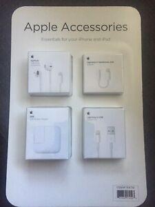NEW Apple Accessories Bundle EarPods USB Headphone Jack iPhone and iPad