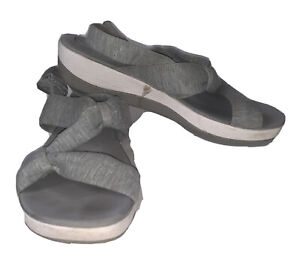 Clarks Cloudsteppers Arla Mae Sandals Womens Sz 11 Gray Fabric Straps