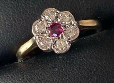 BEAUTIFUL VINTAGE 9CT GOLD DIAMOND RUBY RING