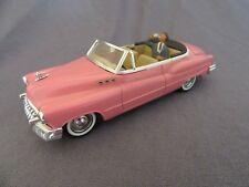 661F Solido 4512 Buick 1950 Cabriolet Rose Figurine 1:43