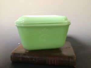 Vintage Fire King Jadeite Covered Refrigerator Dish Bowl & Lid Philbe Green