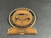 PINS PIN BROCHE CAR SUISSE PAYERNE 1992