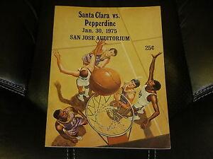 1975 PEPPERDINE AT SANTA CLARA COLLEGE BASKETBALL PROGRAM NR MINT