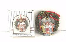 Christmas Wreath Ornament With Carolers Singing 1989