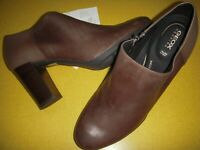 GEOX Annya Leather Block Heel Shooties Pumps Women's Heels 8 M Taupe 8M
