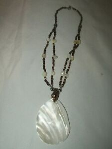 "Estate Stunning Acrylic Bead Large Shell Pendant Necklace 18"""