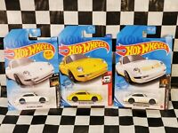 Hot Wheels 96 Porsche Carrera Lot 72 Yellow With Black Rims white and gold cars