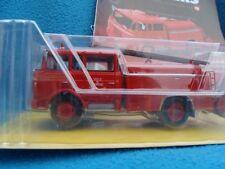 n° 13 BERLIET GAK 17 Fourgon Pompe Tonne Ville de CARNAC Camion Pompier 1/43 New