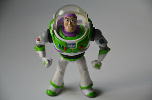 BUZZ LIGHTYEAR Action Figure 6'' - Toy Story - Mattel Disney Pixar 2009