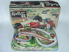 Vintage TECHNOFIX 311 Rallye 65 Hojalata Metal Wind Up Juego, En Caja, década de 1960
