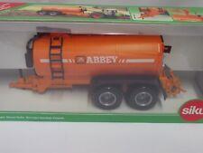 Siku Farmer  1:32   Abbey Fasswagen  Neu  in  der Ovp.  (C675)