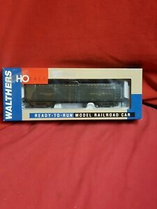 NOS Walthers PFE GACX Wood Reefer, 932-5487