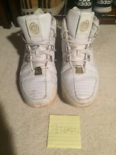 Nike Zoom Lebron III (3) White/Gold Size 10.5 Pre Owned basketball shoe