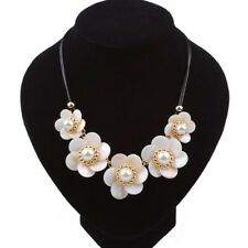 Elegant White Pearl Shell Flower Necklace Pendant Bib Statement Chunky Choker