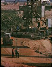 Document vintage issu de magazine  année 70/80 vue de chantier