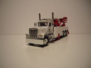 DCP FIRST GEAR 1/64 WHITE PETERBILT 389 DAYCAB W/T CENTURY 1150 ROTATOR WRECKER