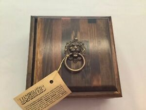 Vintage-USA MASTER CARVERS Fine Hand-Made/Crafted Wooden Box With Lion Head