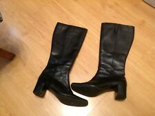 IMMACULATE PAIR LADIES BLACK WINTER BUSINESS/WORK BOOTS by BHS SIZE UK 6 EU 39