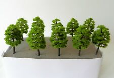 10 MID GREEN MODEL TREES 9 cm SCENERY FOR MODEL RAILWAY OO / HO / N SCALE NEW B6