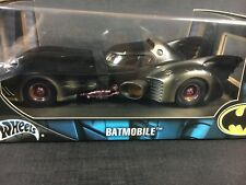 Hot Wheels G3665 BATMAN BATMOBILE BATTLE-DAMAGED RARE Limited Edition 1/18