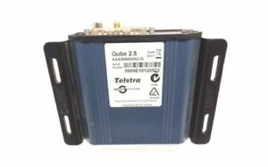 AS NEW TELSTRA GENUINE ORIGINAL NAVMAN GPS TRACKING DEVICE QUBE 2.5 WITH CABLE
