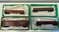 HO 4 Bowser Pennsylvania and D&H freight cars built with in boxes  RTR
