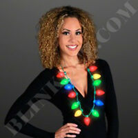12X FLASHING FUN CHRISTMAS JUMBO BULB LIGHT UP FLASHING NECKLACE