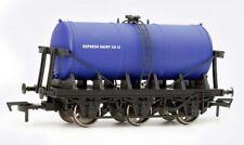 Dapol 6 Wheel Milk Tank Express Dairy OO Gauge DA4F-031-009