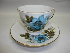 Fine English Bone China Tea Cup and Saucer Set-Queen Anne B773 D675 Floral Print
