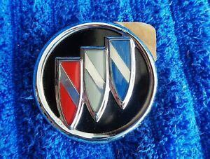"NEW NOS OEM GM Buick Models 2.5"" Chrome Body Interior Tri Shield Ornament Emblem"