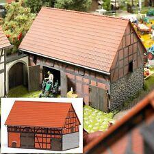 SH Busch 1506 Bauernhof: Scheune mit kleinem Stall Bausatz
