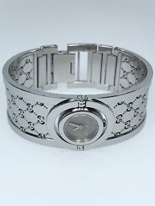 Gucci Twirl Bangle Watch Stainless Steel Quartz