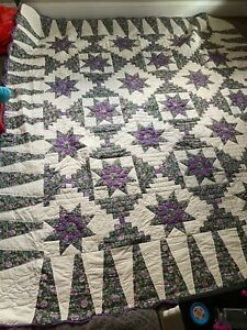 Amish Green and Purple Dahlia Log Cabin Quilt