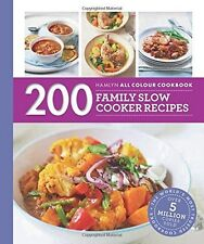 200 Familia Slow Cooker Recipes: Hamlyn All Colour Cookbook por Sara Lewis