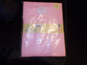 new in wrapping 2 fitted pink moses/pram cotton sheets