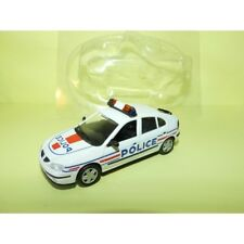 RENAULT MEGANE I Phase 2 POLICE NOREV pour HACHETTE  1:43 sous coque