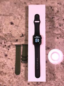 Apple Watch Series 2 42mm Aluminium Case Black Sport Band GPS