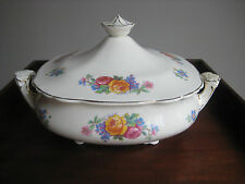 WEDGWOOD & CO. COVERED SERVING DISH MARY STUART PATTERN