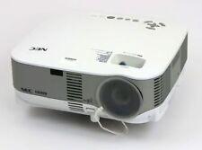NEC NP905 LCD Beamer 3000ANSI/LU LAN WLAN USB HDMI Lampe <500 Stunden B-Ware