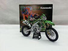 NEW RAY MODELLINO MOTOCROSS KAWASAKI BUD RACING PILOTA XAVIER BOOG SCALA 1:12