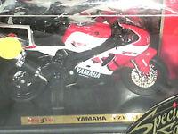 MOTO YAMAHA YZF R7 / WELLY/MAISTO / 1/18  ROUGE/BLANC