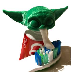 Baby Yoda Toothpaste Topper Dispenser - Star Wars Grogu Vomit Toy / Gift