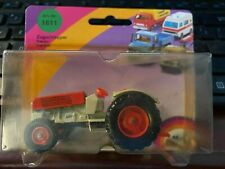 Siku Zugschlepper Tractor NEW on Card VINTAGE  #1611