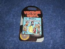 Disney 2019 Pom Vintage Vinyl Snow White & The Seven Dwarfs Le Slider Pin
