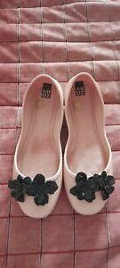 Zaxy shoes size 6 new