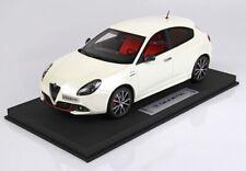Alfa Romeo Giulietta Veloce  2018  Bianco  Limitiert auf 125 Stück BBR 1:18  NEU